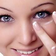 بوتاکس چشم2 300x188 1 180x180 - بوتاکس و تزریق آن اطراف چشم