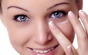 بوتاکس چشم2 300x188 1 300x188 - بوتاکس و تزریق آن اطراف چشم
