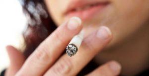 سسسس 300x153 1 - آیا سیگار کشیدن در روند بهبود پوست تاثیر می گذارد؟