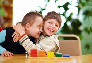 kids AdobeStock 63615993 300x204 1 - ماساژ روشی برای بهبود کیفیت زندگی بیماران فلج مغزی