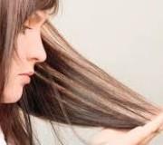 آسیب 300x160 180x160 - درمان موهای آسیب دیده با ویتامین E
