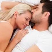 رابطه 1 180x180 - رابطه جنسی سالم، شما را زیبا میکند!
