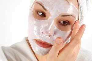 پاک ساز 300x199 1 - مراقبت های خانگی پوست با استفاده از لیمو، شکر و گلیسیرین