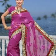 136345538610 234x300 1 180x180 - راز زیبایی موهای زنان هندی چیست؟