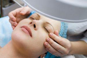 کربوکسی تراپی، راه حلی بی درد و بدون جراحی برای زیباتر شدن