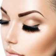 eyebrows 1 300x210 1 180x180 - با تزریق بوتاکس و لیفت ابرو ها، نگاهی زیبا و باز داشته باشید