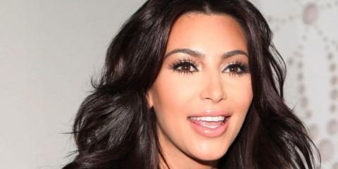 4665182 uae kim kardashian divorce 480x240 - همه چیز در مورد عمل های جراحی کیم کارداشیان (Kim Kardashian)
