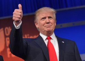483208412 real estate tycoon donald trump flashes the thumbs up.jpg.CROP .promo xlarge2 300x214 - رازهایی در مورد چهره ی دونالد ترامپ