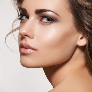 Chin Augmentation Surgery F01 1 300x300 - برجسته سازی چانه: تزریق یا جراحی