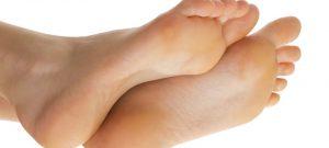 8 روش موثر در درمان خانگی میخچه ها و پینه ها