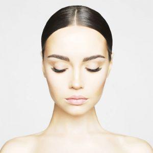 eyebrow 300x300 1 - لیفت صورت با نخ : چهره ای قلبی شکل داشته باشید