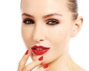 facelift 1 300x143 1 180x143 - بهترین جایگزین برای جراحی لیفت صورت چه روشی است؟