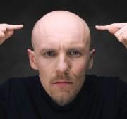 hair loss 300x169 1 180x169 - ۸ روش عجیب تاریخی در درمان ریزش مو