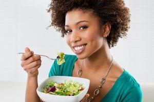 healthing eating hair food 1 300x199 1 300x199 - روش های اشتباه در کاهش وزن ( رژیم)