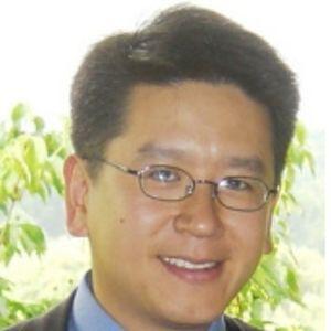 دکتر جرج یانگ