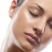 scar treat 300x225 1 180x180 - تجربه ی چهره ای شفاف و درخشان با از بین بردن جوش و اسکار