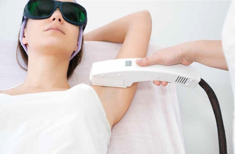 ازالة الشعر بالليزر سؤال وجواب د نضال عبيدات 800x600 - آیا دستگاه های لیزر را به خوبی می شناسید؟