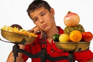 زئئ 300x200 - با اینکه کل روز مشغول خوردنم، چرا کمبود تغذیه دارم!؟