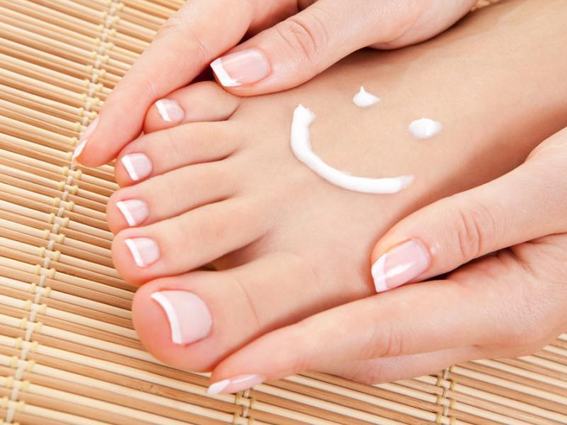 ناخن - دست و پای زیبا با ناخن های زیبا!