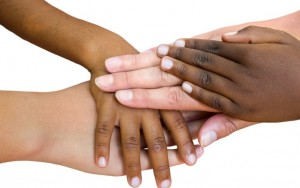 img 300x188 - رنگ های مختلف پوست و دلیل ایجاد آن