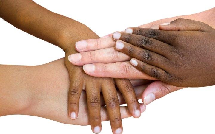 img - رنگ های مختلف پوست و دلیل ایجاد آن