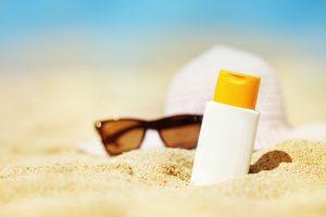 300x200 - پوست و مو در تابستان حساس ترند، مواظبشان باشیم!