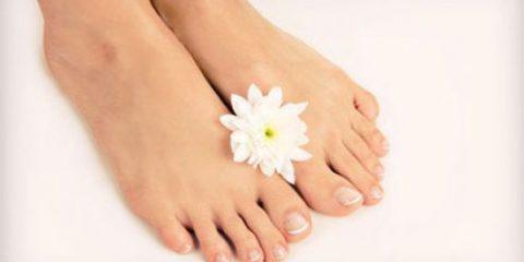 ر 480x240 - داشتن پای زیبا با رفع خشکی پا!