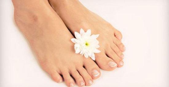 ر - داشتن پای زیبا با رفع خشکی پا!
