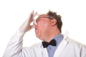 1 7 300x200 - اگر از بوی بد بدن رنج میبرید، این مطلب را بخوانید!