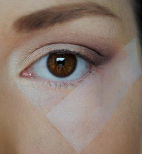 10 9 277x300 - 10 نکته آرایشی که قبلا هیچ کس به شما نگفته به همراه فیلم آموزشی آرایش چشم