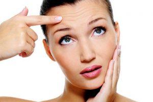 2 3 300x199 - جوانسازی پوست و آنچه باید در اینباره بدانید!