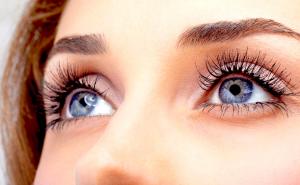 6 3 300x185 - 10 نکته آرایشی که قبلا هیچ کس به شما نگفته به همراه فیلم آموزشی آرایش چشم