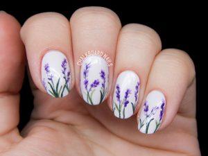 lavender blossom floral nail art 2 300x225 - درباره مانیکور چه میدانید؟