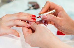 manicure ss img 300x195 - درباره مانیکور چه میدانید؟