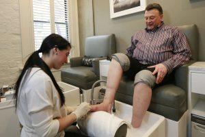 men spa treatments 300x200 - درباره پدیکور چه میدانید؟