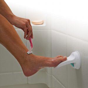 shower footrest 300x300 - درباره پدیکور چه میدانید؟