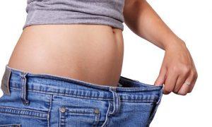 how to lose 10 pounds in a month 300x180 - روش هایی برای داشتن پوستی سفت و محکم پس از کاهش وزن