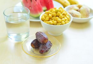 saglık 300x205 - تغذیه صحیح و اصولی در ماه رمضان