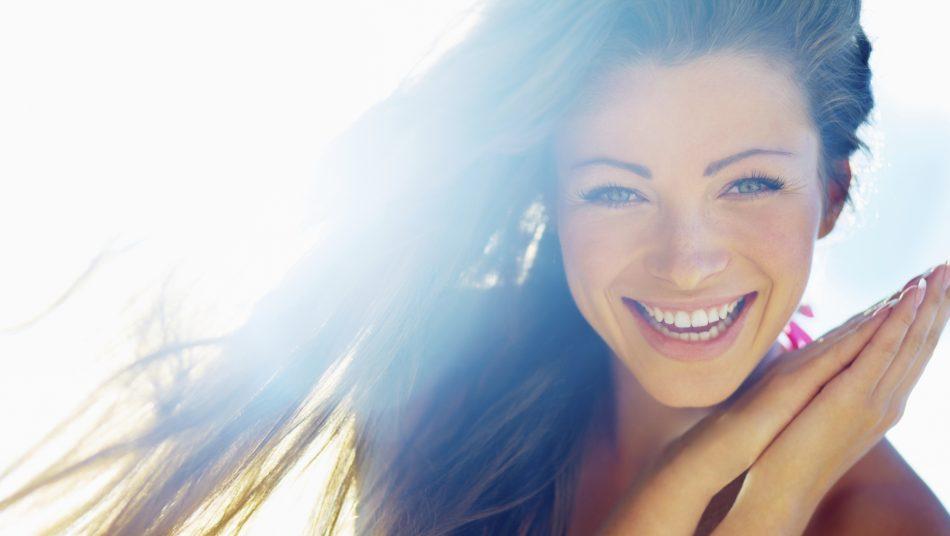 Feature Image7 864x490 950x536 - نکاتی برای مراقبت از پوست در فصل تابستان