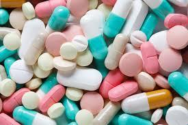 antidepressant medications - ریزش مو چون برگ خزان با مصرف خودسرانه این داروهای نام آشنا👇