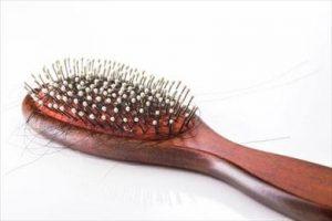 چه داروهایی سبب ریزش مو می شوند؟