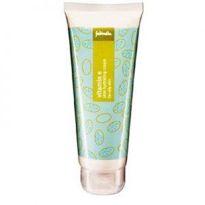 best moisturizer for oily skin fab india 400x400 300x300 - کرم ضد آفتاب که می زنید این 13 نکته را فراموش نکنید