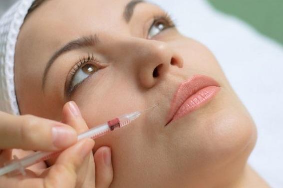 0 1 - لیفت صورت با تزریق ژل در مرکز اهواز | نباید های تزریق ژل