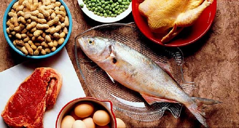 اهمیت رژیم غذایی حاوی پروتئین 1 - عوارض رژیم های لاغری که باید جدی بگیرید!