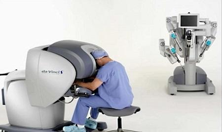 جراحی واژن با ربات دوربین دار